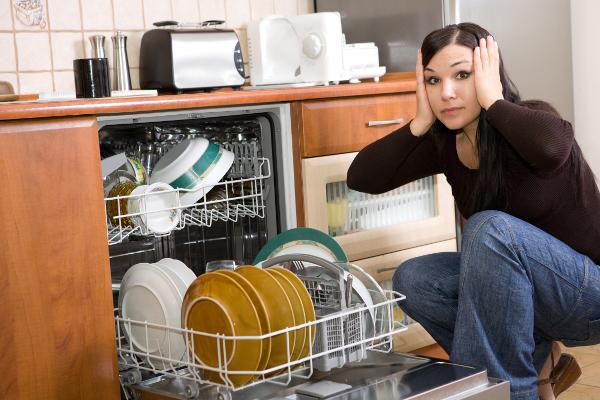 Сломалась машинка для мытья посуды